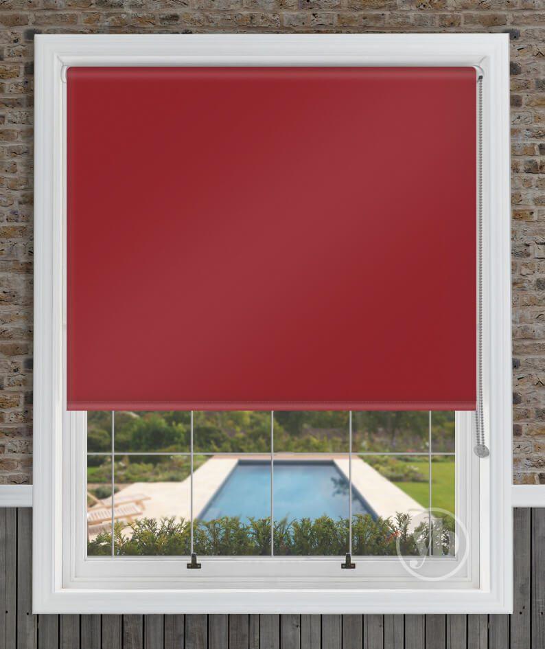 1.Palette-Redcurrant-window