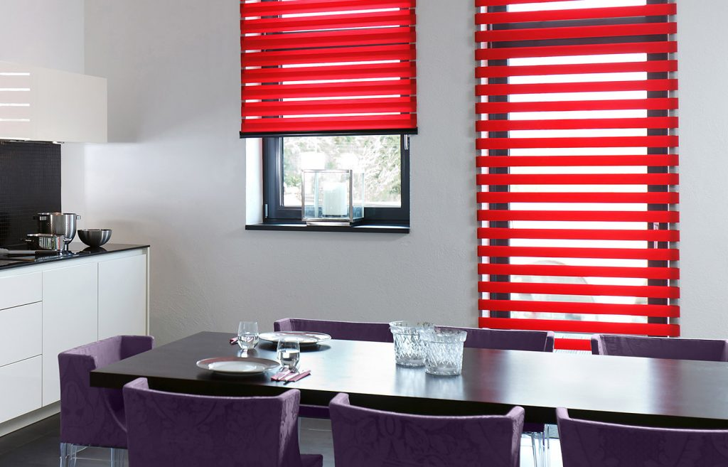 Red Senses Mirage Blind in the dining room